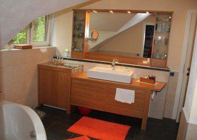 Badezimmer Einrichtung in Bambus Caramel