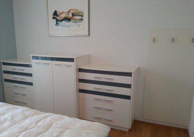 Schlafzimmer Kommode mit Ladenelementen.