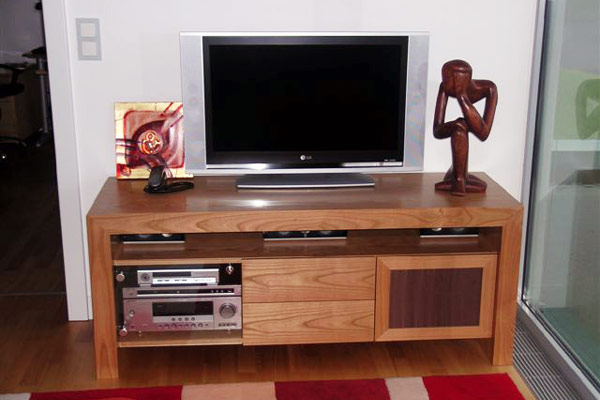 soundsystem wohnzimmer interesting samsung hwk kinosound. Black Bedroom Furniture Sets. Home Design Ideas