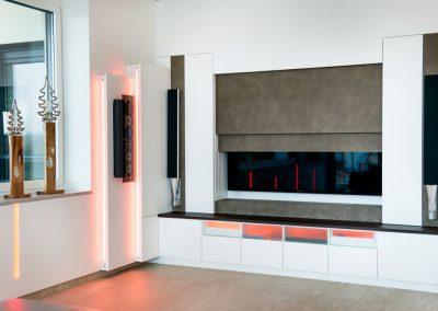 Wohnzimmer Elektrischer Fernsehnischen Verblendung mit Ledertapezierung (2)